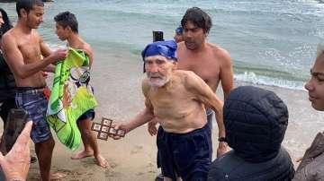 93-годишен мъж от Синеморец се хвърли за кръста на Богоявление по стар стил