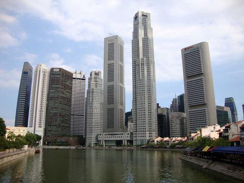 сингапурските власти затвориха втора швейцарска банка заради нарушения