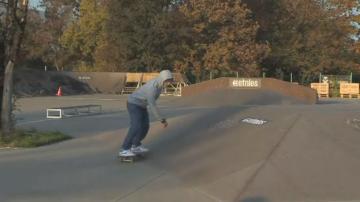 16-годишен скейтбордист се бори за квота за олимпиадата в Токио през 2020 г.