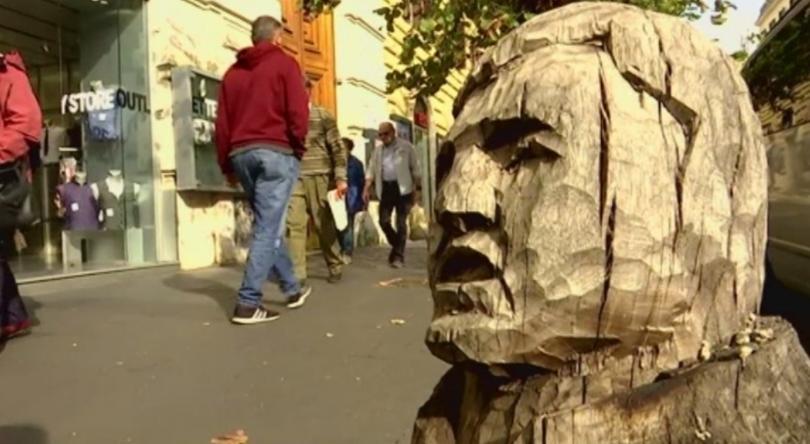 Нов вид градско улично изкуство радва очите на жителите и