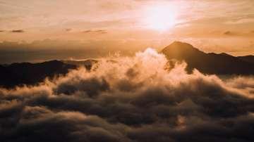 Слънчево време и мъгли на места днес