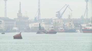 Изтеглят подводницата Слава в Белославското езеро, за да се превърне в музей