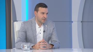 Слави Ангелов: МВР не се справя с това да издирва тежки престъпници като Пелов