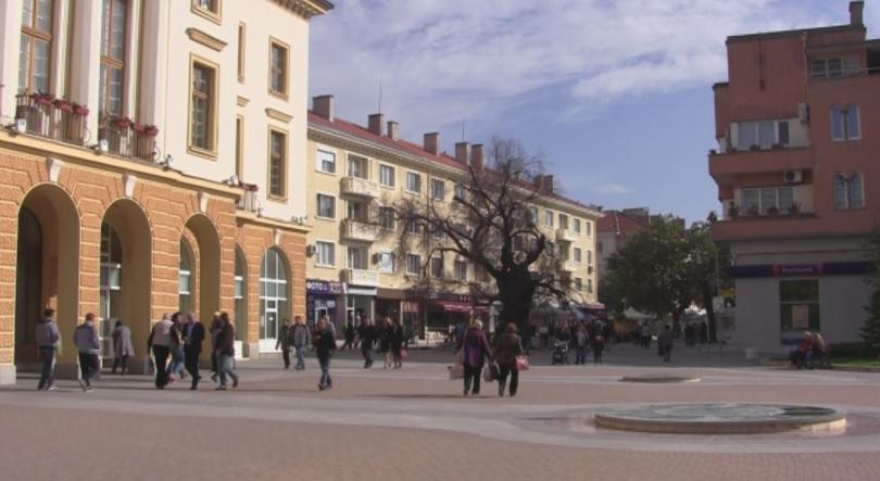 Районният съд в Сливен остави за постоянно в ареста двамата