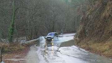 Смолян се възстановява след бедствието, нивото на прелялата река Черна намалява