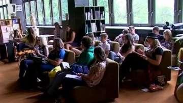 Сценарист от Под прикритие стана учител на смолянски младежи