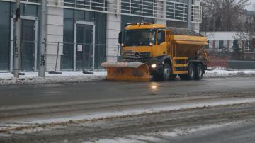 117 снегопочистващи машини в София имат готовност да започнат работа