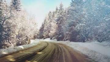 В Бургас ще следят в реално време техниката за снегопочистване