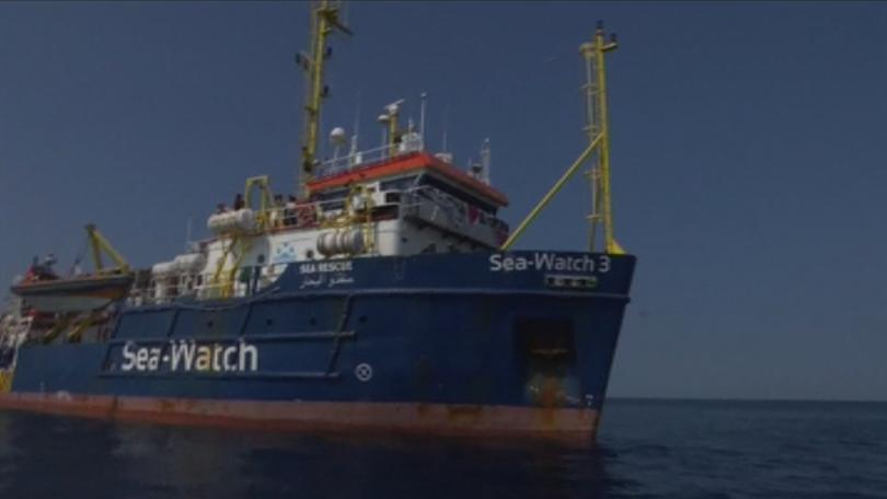 От 16 дни 40 бежанци, спасени в близост до либийския