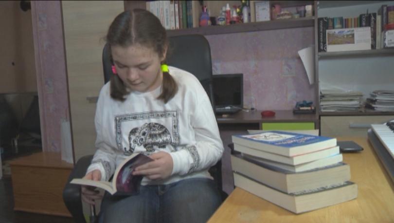 10-годишната Ели Тъкет от град Белово е третото дете с