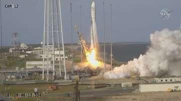 Капсула с храна и оборудване беше изстреляне към МКС