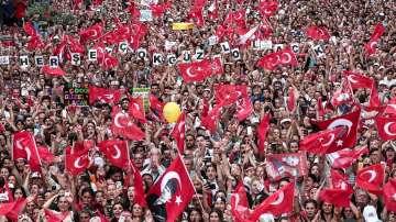От нашите пратеници: Преди повторните местни избори в Истанбул