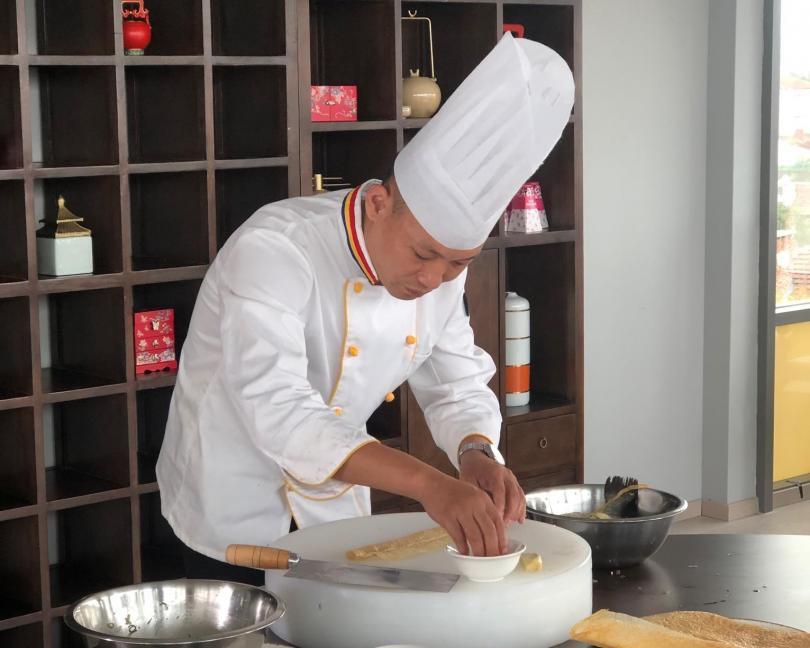 Популярният китайски готвач Джан Хаофън разкри за зрителите на