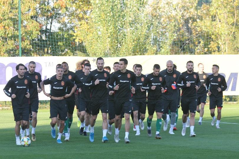 Футболистите на България и Англия играят днес на Националния стадион