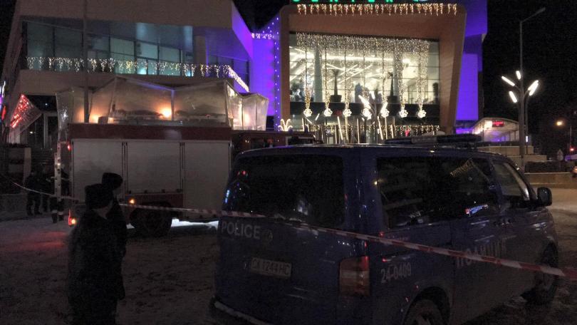 снимка 1 Забравен багаж евакуира голям столичен МОЛ