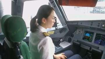 В Китай все повече жени се стремят към професията пилот