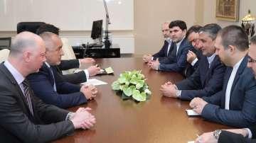 Премиерът Борисов се срещна с министъра на пътищата и градоустройството на Иран
