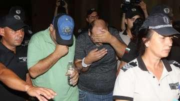 Оставиха в ареста обвинените за жестокото убийство на мъж и жена