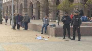 Арестуваха четирима души за провокации пред Министерския съвет
