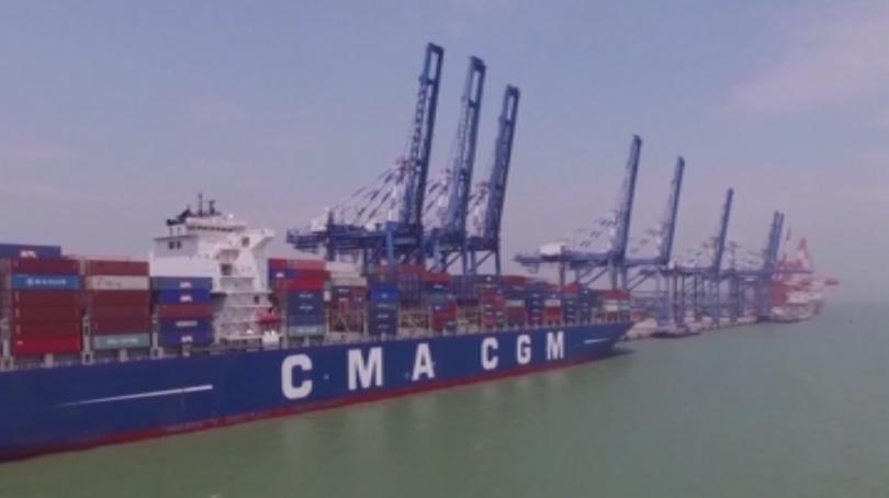 Американският президент Доналд Тръмп обвърза търговските преговори с Китай с