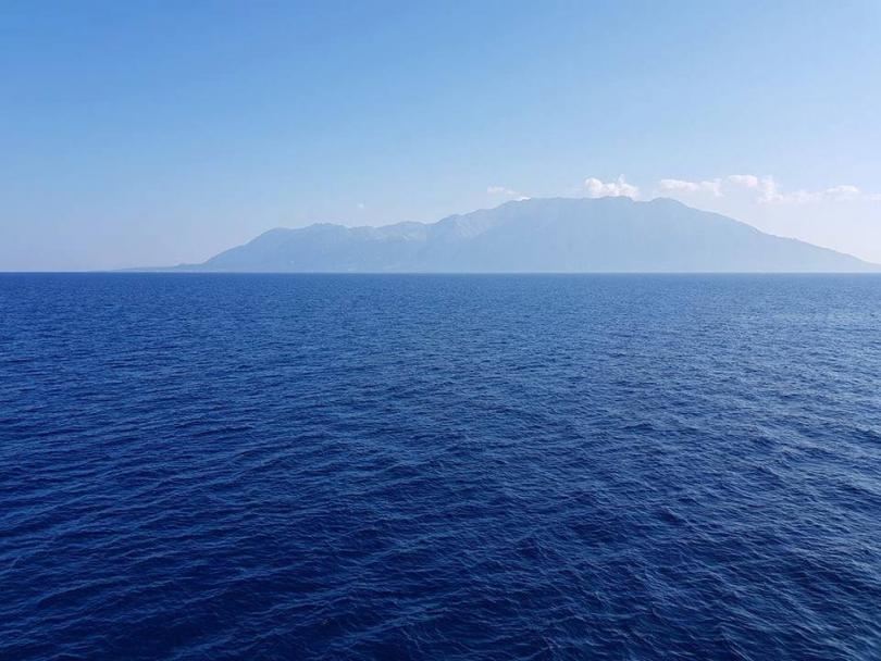 Снимка: Гърция подсигури безплатна храна и нощувка на 1500 туристи на остров Самотраки