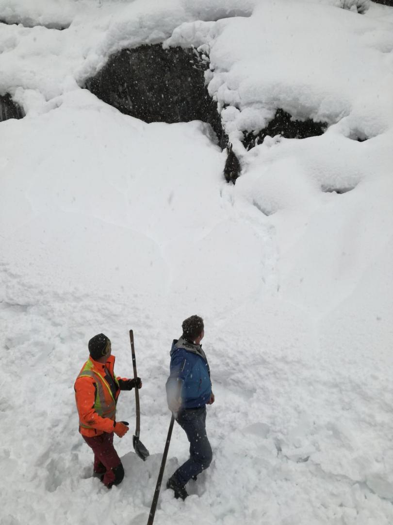 снимка 2 Зимата в Европа: В четири австрийски провинции обявиха висока лавинна опасност
