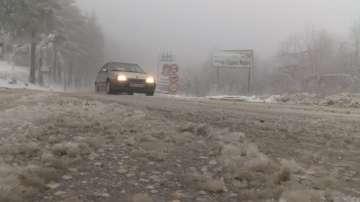 10 см сняг натрупа на прохода Шипка