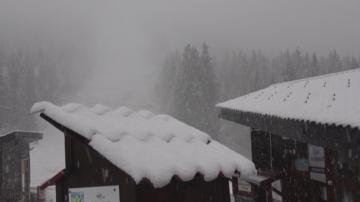 Първият сняг за сезона падна в Пампорово