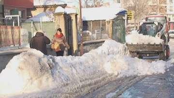 Извозват снега в Търговище