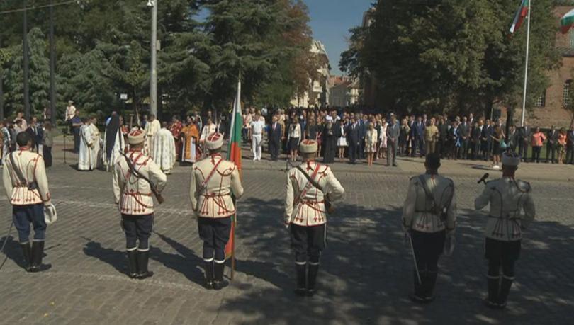 Православната църква почита паметта на светите мъченици София и нейните