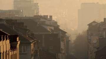 Проверки заради завишените нива на фини прахови частици в София