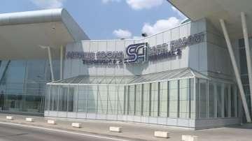 Летище София е обслужило близо 5 милиона пътници през 2016 г.