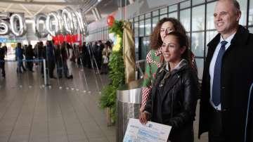 Летище София посрещна 5-милионния си пътник (СНИМКИ)
