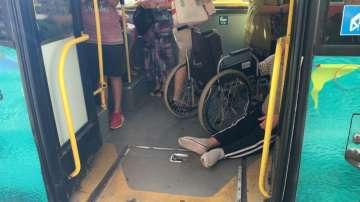 След репортаж на БНТ: Уволниха шофьора, отказал помощ на инвалид в автобуса