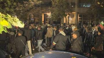 Протести срещу бежанците в София и Бургас (СНИМКИ и ВИДЕО)