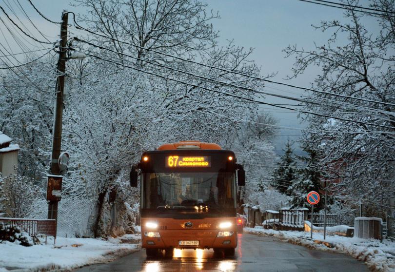 заради снеговалежите софия улиците обработени заледяване