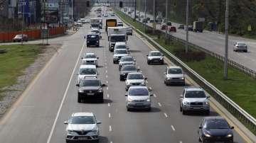 Внимание шофьори: 1000 лева глоба за каране в аварийната лента на магистралата
