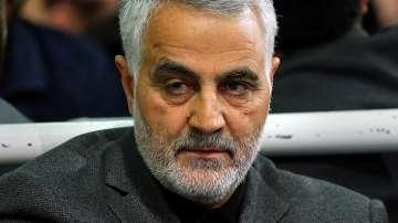Анализатори очакват Техеран да отговори силово на убийството на Солеймани