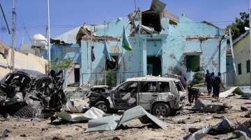 Най-малко 15 души са загинали при атентата с кола бомба в сомалийската столица