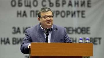 Сотир Цацаров определи като грешка подкрепата си за Лозан Панов