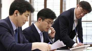 Възстановиха телефонната връзка между Северна и Южна Корея