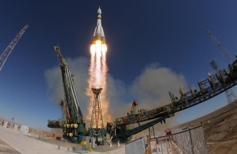 """Авария в ракетата Союз"""" малко след изстрелването от космодрума Байконур."""