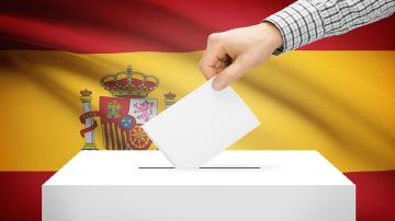 """Референдумът в Каталуния: Мадрид призова """"фарсът да спре"""""""