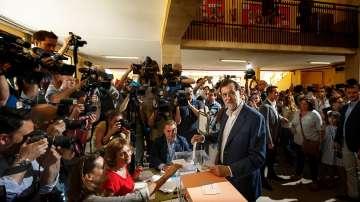 Испанците гласуват на парламентарни избори