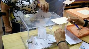 Прогноза: Изборите в Испания печелят Крайнолевият съюз Подемос и социалистите