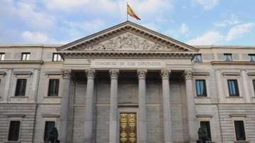 Криза и в Испания: Вот на недоверие за Мариано Рахой