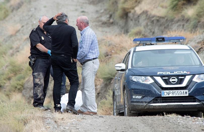Испанският премиер Педро Санчес посети засегнатите от наводненията югоизточни райони