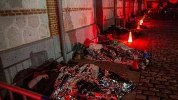 В цял свят хора спаха на открито, в знак на подкрепа към бездомните