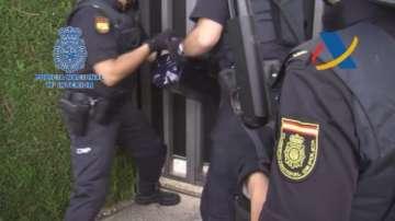 ГДБОП: В няколко европейски страни са разкрити 7 нелегални фабрики за цигари