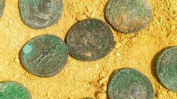 Около 600 кг древни римски монети откриха в Испания (СНИМКИ)